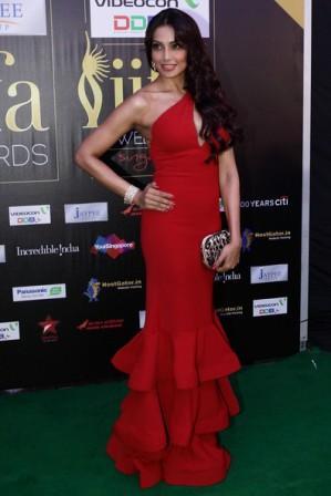 Bipasha _Basu_at_IIFA_Awards_2012