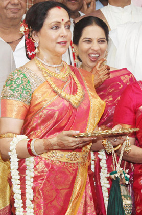 Hema Ji at Eshadeol Wedding