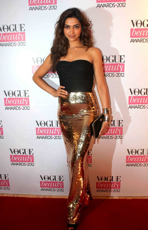 Deepika_Padukone_at_Vogue_Beauty_Awards_2012