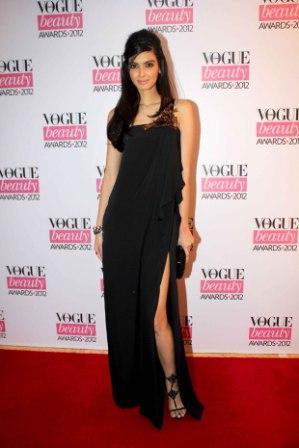 Diana_Penty_at_Vogue_Beauty_Awards_2012