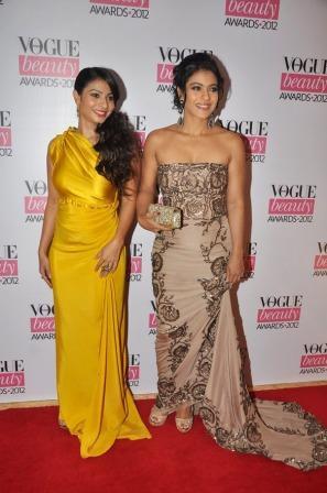 Kajol_Tanisha_at_Vogue_Beauty_Awards_2012