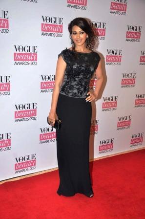 Sonali_Bendre_at_Vogue_Beauty_Awards_2012