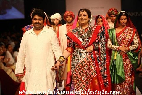 Kiran-Kher-Gaurang-at-Lakme-Fashion-Week-2013
