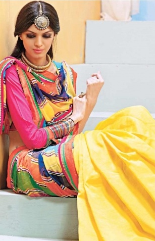 Indian-Designer-Sarees-Trend
