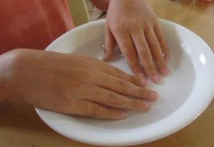 Manicure_at_Home